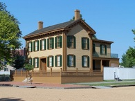 paperwritingservices_abraham-lincoln-house.jpg